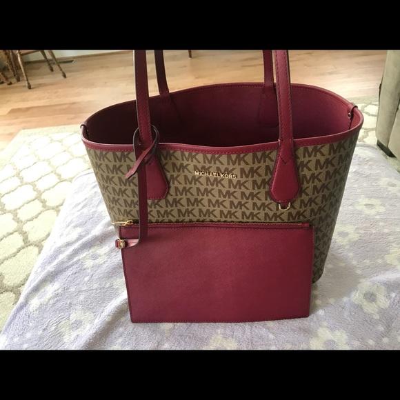 9bc7379ac482db Michael Kors Bags | Reversible Mk Tote Candy | Poshmark